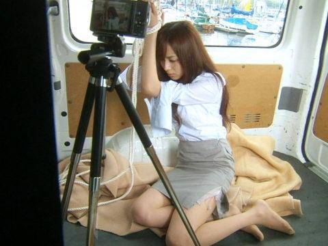 【比嘉愛未】胸チラあり水着あり!清楚系女優をエロ目線で見てみる(画像60枚)