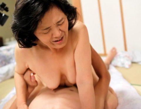 【熟熟女】オカンやバァちゃんのセックス画像集(39枚)・10枚目