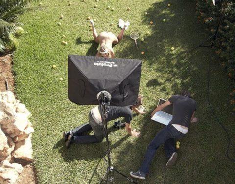 【撮影風景】カメラマン、絶対勃起してるの図がこちらwwwwwwww(画像あり)・11枚目