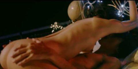 【桜井ユキ】乳首ビンビンの濡れ場シーンをご覧ください(画像36枚)・11枚目