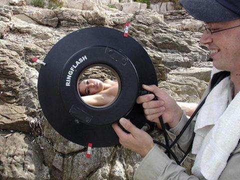 【撮影風景】カメラマン、絶対勃起してるの図がこちらwwwwwwww(画像あり)・17枚目