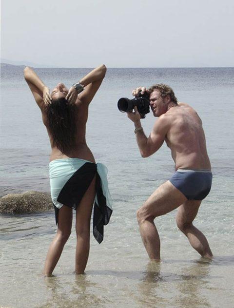 【撮影風景】カメラマン、絶対勃起してるの図がこちらwwwwwwww(画像あり)・18枚目