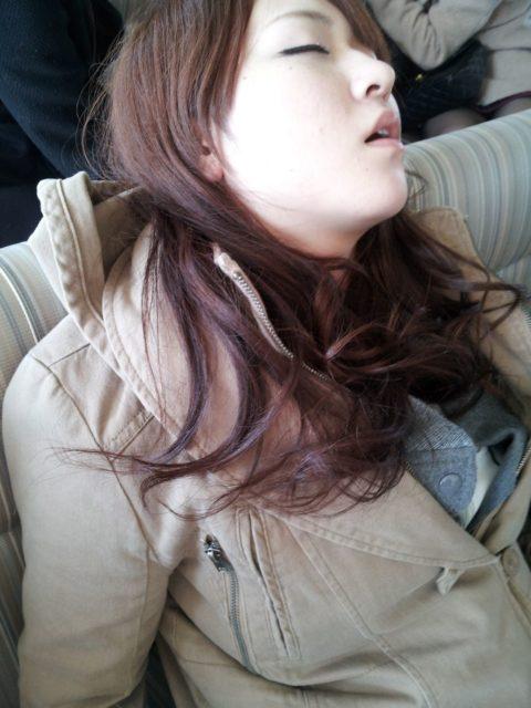 寝顔を盗撮されてうpされるAKB48メンバーたちの画像集(25枚)・33枚目