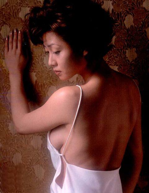 【細川ふみえ】巨乳熟女AV女優ですか?と聞きたくなるドエロヌード画像集(58枚)・27枚目