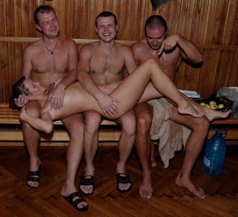 海外の混浴サウナが美女のオマンコ天国な件(画像31枚)・10枚目
