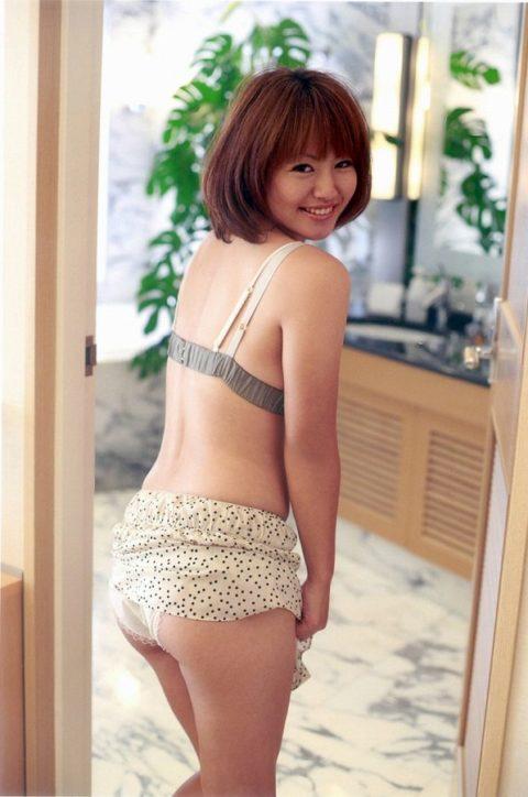【磯山さやか】日本人男子が大好きなチョイぽちゃ巨乳女子代表みたいな女の子(画像40枚)・11枚目
