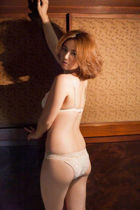 【磯山さやか】日本人男子が大好きなチョイぽちゃ巨乳女子代表みたいな女の子(画像40枚)・19枚目