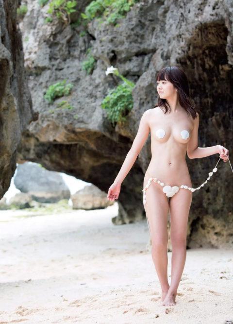 【浜田翔子】透け乳首でファン離れを防ぐ作戦に・・・これはエロいwwwww(画像33枚)・27枚目