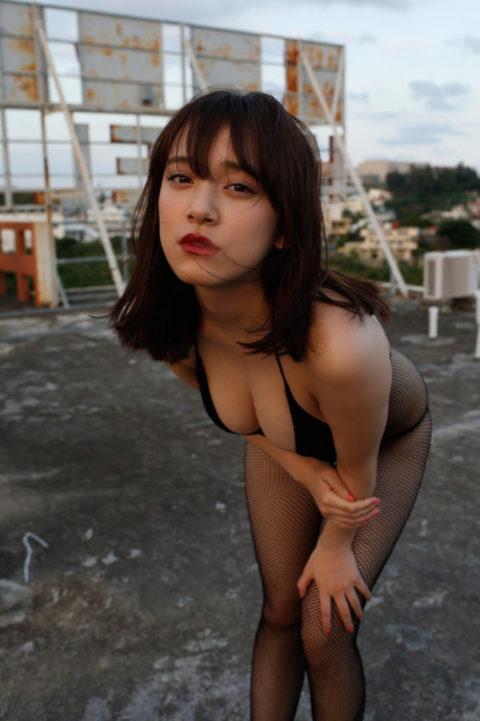 【都丸紗也華】モンストのCMで話題になった巨乳美女のエロ画像集(35枚)・5枚目
