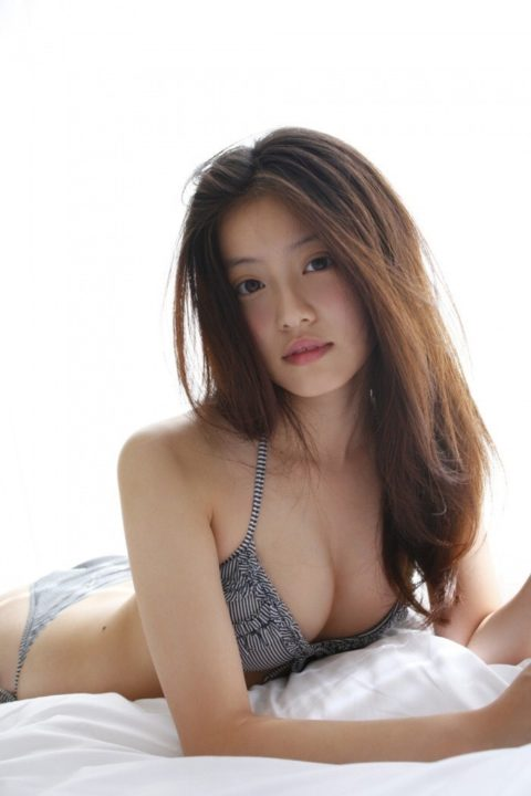 【今田美桜】お顔もお胸もお尻も100点満点な水着・グラビア画像集(50枚)・5枚目