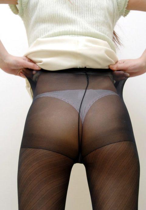 後ろから引き裂いてやりたくなる黒パンスト美女のケツエロ画像集(36枚)・12枚目