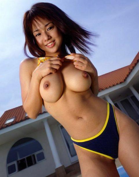 間もなく母親になる元AV女優・蒼井そらさんの巨乳エロボディ画像集(35枚)・27枚目