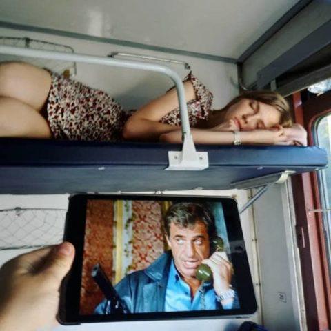 海外の寝台列車内がエロ過ぎてオカズに困らない件・・・(画像35枚)・4枚目