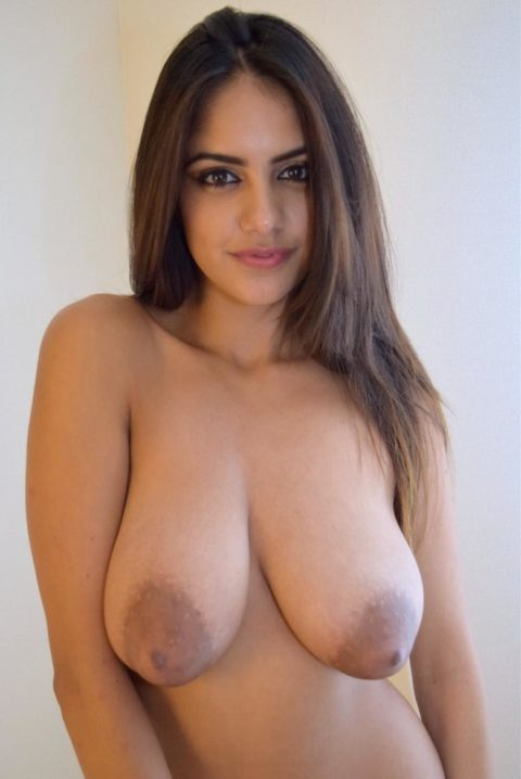 萎える?逆に萌える?ガッカリ乳首・乳輪の女の子たち(画像36枚)・8枚目