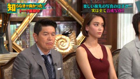 【滝沢カレン】TVで胸チラ&パンチラの大胆な見せ方が有能すぎ。(38枚)・16枚目