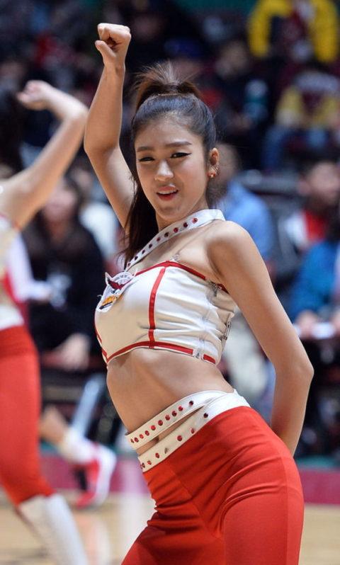 韓国のチアガール、期待を裏切らないセクスィーさwwwwwwwwww(画像38枚)・2枚目