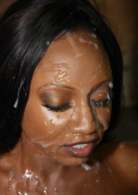 黒人女性に大量の精液をぶっかけた結果。芸術作品みたいになる(46枚)・20枚目
