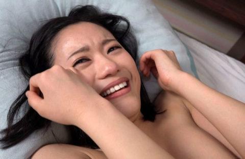 AV出演を後悔してるのか…?涙目になってるAV女優のエロ画像集(38枚)・29枚目