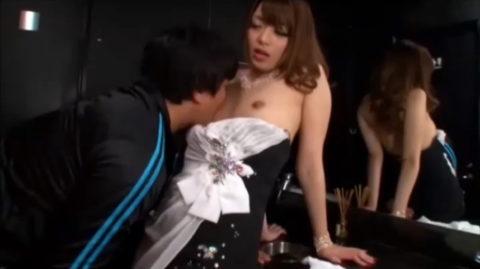 【有能】No1キャバ嬢がトイレで行っている枕営業が撮影されるwwwwwww(画像あり)・31枚目