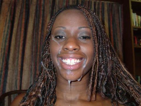黒人女性に大量の精液をぶっかけた結果。芸術作品みたいになる(46枚)・40枚目