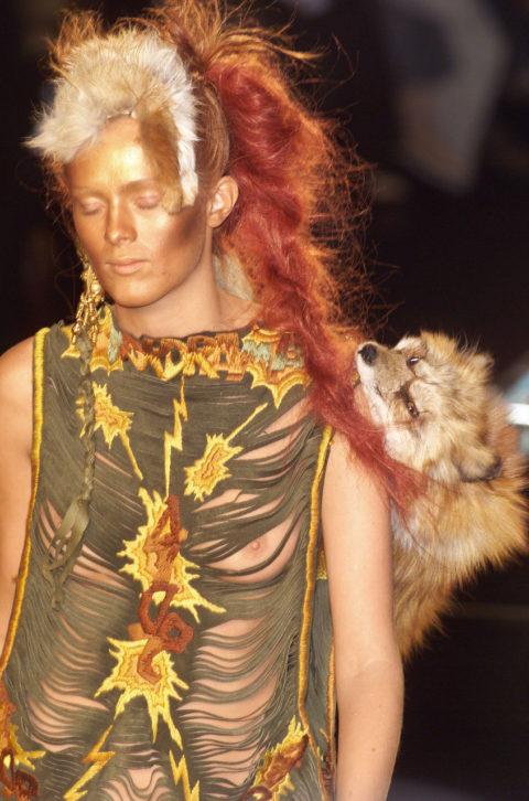 完全にトチ狂った海外のファッションショー、笑いを取りに行ってるの?wwwww(画像38枚)・13枚目