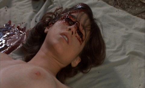【グロエロ】映画唯一のエロシーン、ただ全裸の女性は遺体です。興奮する??(23枚)・14枚目