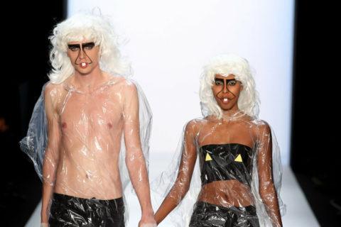 完全にトチ狂った海外のファッションショー、笑いを取りに行ってるの?wwwww(画像38枚)・15枚目