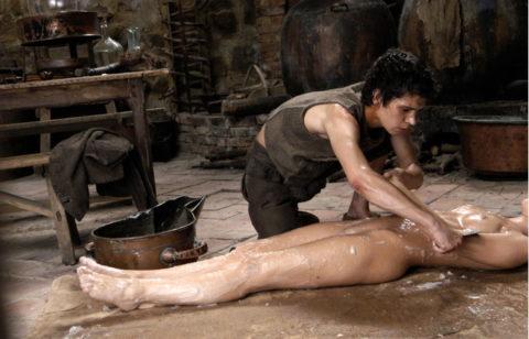 【グロエロ】映画唯一のエロシーン、ただ全裸の女性は遺体です。興奮する??(23枚)・17枚目