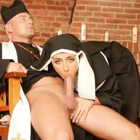 神に仕える修道女さん、教会ではこんな事してる・・・バチ当たりやなwwwww(画像33枚)・24枚目