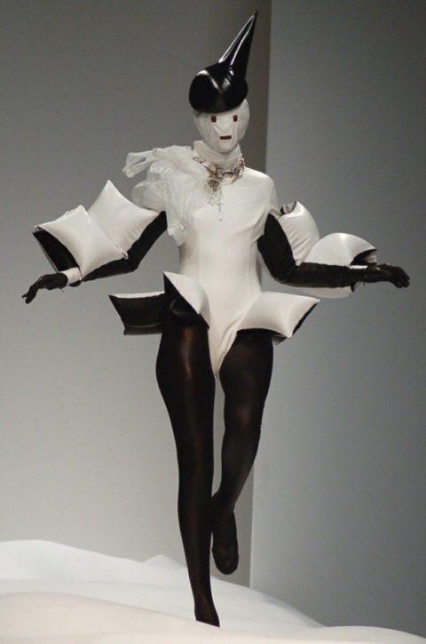 完全にトチ狂った海外のファッションショー、笑いを取りに行ってるの?wwwww(画像38枚)・3枚目
