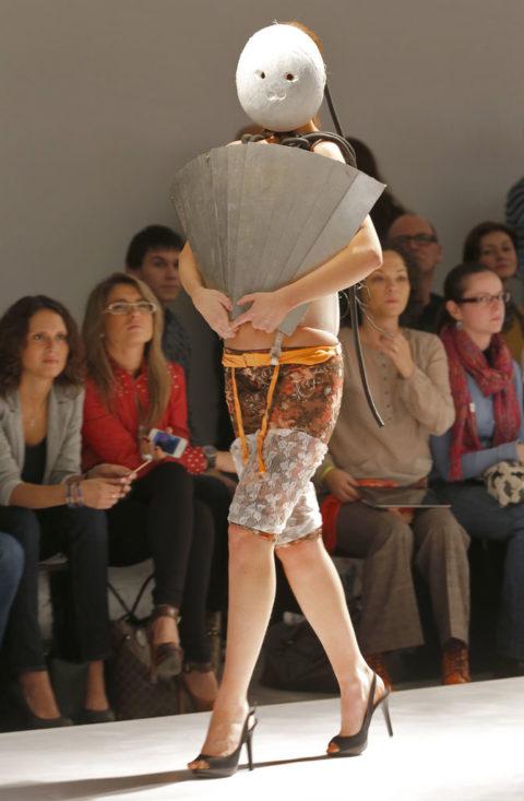 完全にトチ狂った海外のファッションショー、笑いを取りに行ってるの?wwwww(画像38枚)・37枚目