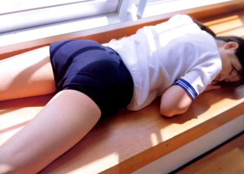 【ブルマ】平成生まれの大半が知らない体操着。これは変態に売れるわwwwwww(40枚)・38枚目