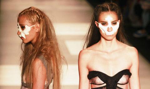 完全にトチ狂った海外のファッションショー、笑いを取りに行ってるの?wwwww(画像38枚)・6枚目