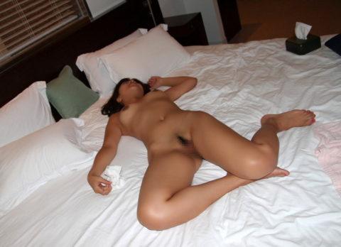 用済みの女、ベッドでぐったりしてるから撮ったったwwwwww(画像あり)・8枚目