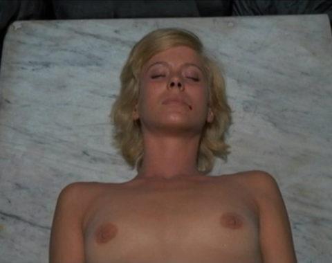 【グロエロ】映画唯一のエロシーン、ただ全裸の女性は遺体です。興奮する??(23枚)・8枚目