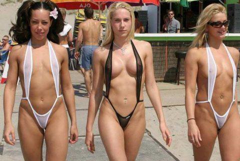 シースルーのマイクロビキニという最強の水着がこちら。ほぼ全裸やろwwww・1枚目