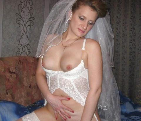結婚初夜に撮影された海外女子の画像をご覧ください。(画像あり)・8枚目