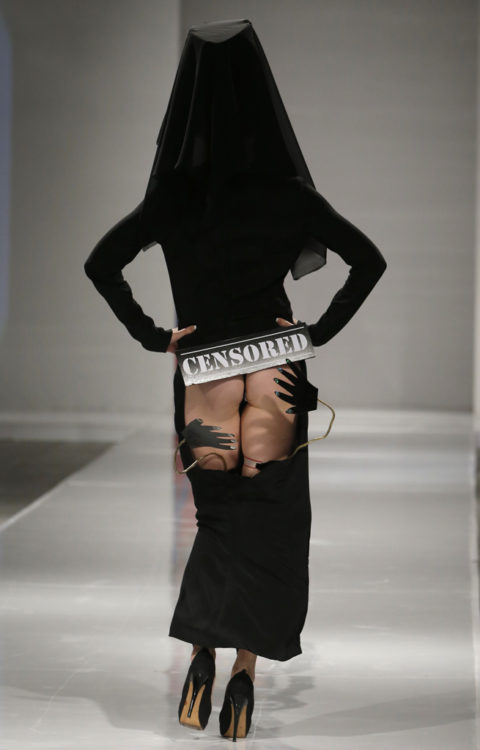 【マジキチ】もう方向性が分からなくなった海外のファッションショー。(画像あり)・12枚目