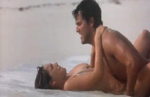 ハリウッド女優の濡れ場やセクシーシーンの画像集(GIFあり)・38枚目