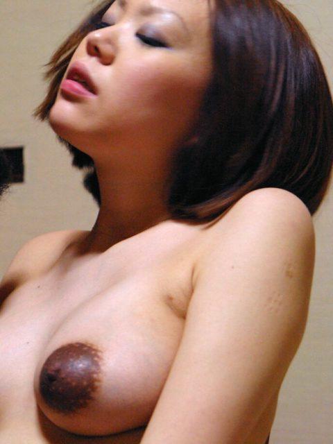 産後間もない女のビーチク(乳首)をご覧ください。。(画像あり)・17枚目