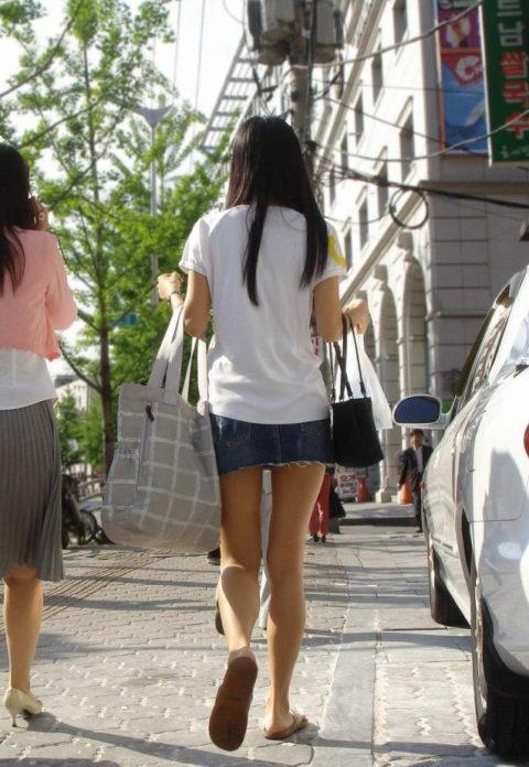 韓国に行ったワイ、ミニスカ美女を盗撮しまくり帰国するwwwww(画像37枚)・18枚目