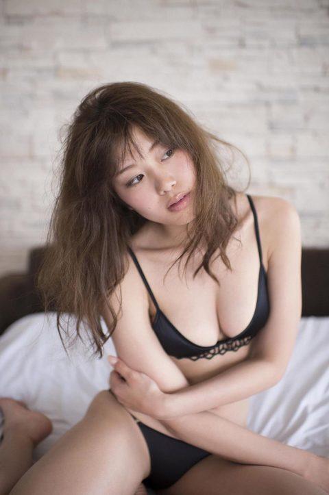 【稲村亜美】スポーツ万能な完璧ボディーのグラビアエロ画像集(37枚)・18枚目