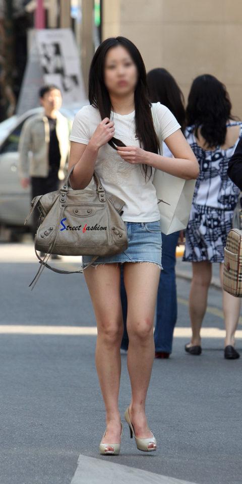 韓国に行ったワイ、ミニスカ美女を盗撮しまくり帰国するwwwww(画像37枚)・20枚目