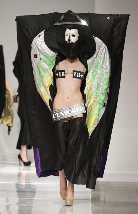 【マジキチ】もう方向性が分からなくなった海外のファッションショー。(画像あり)・28枚目