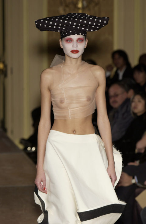 【マジキチ】もう方向性が分からなくなった海外のファッションショー。(画像あり)・29枚目