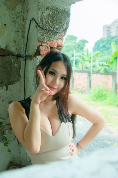 """台湾美女の""""着衣巨乳""""が世界トップクラスで抜けると話題にwwwwwww(38枚)・30枚目"""