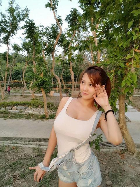 """台湾美女の""""着衣巨乳""""が世界トップクラスで抜けると話題にwwwwwww(38枚)・33枚目"""
