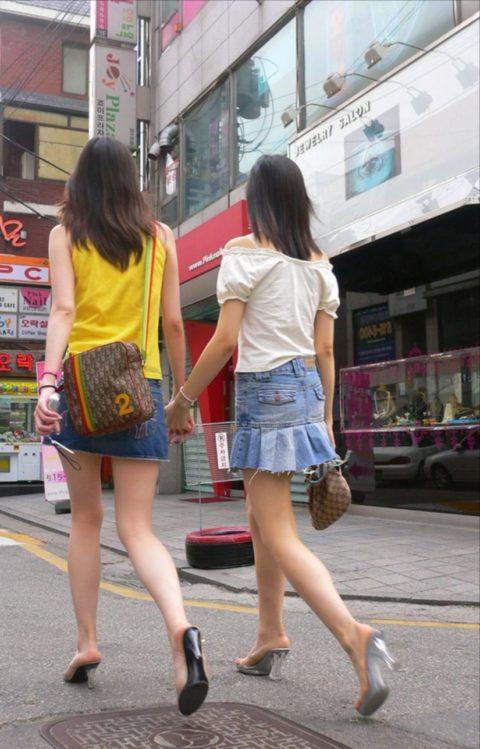 韓国に行ったワイ、ミニスカ美女を盗撮しまくり帰国するwwwww(画像37枚)・35枚目