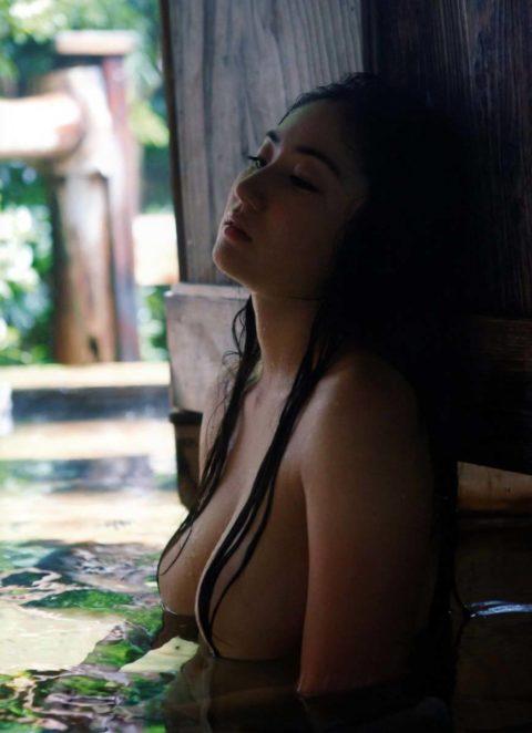 【紗綾】最強と謳われる全裸ヌード写真がエロ過ぎてヤバい。。(40枚)・7枚目