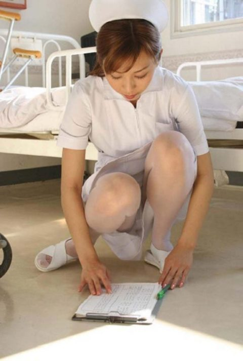 【画像あり】ワイ、入院中に白パンストで抜きまくった理由。(40枚)・9枚目